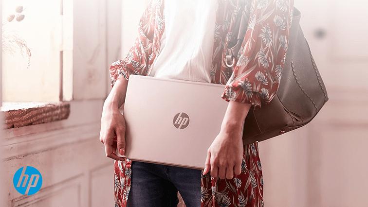 大学生になった長女のノートパソコンを購入する!