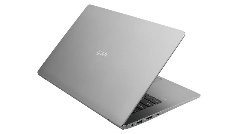 長女のノートパソコンとしてLG gram 14インチモデルを購入する!