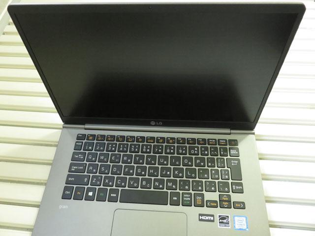 LG gram 14インチモデル(14Z990-GA56J)用の液晶保護フィルムを購入する!