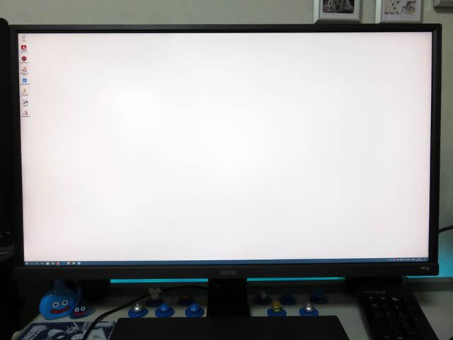 4Kディスプレイ BenQ 31.5インチ EW3270U の設置と設定を行う!