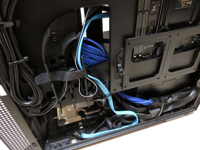 新メイン機@自作PCのシリアルATAケーブルを青色にする!